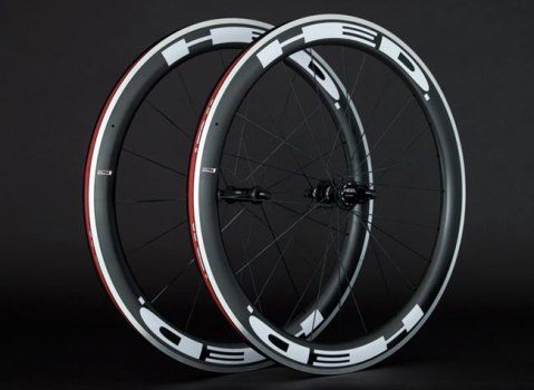 The Jet 5 wheelset from Hed is great for those looking to trim a little weight but still be aero. For the best of both worlds, look no further than the 5/7 set.