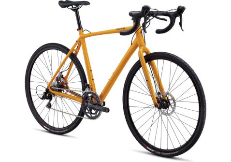 Equipped with disc brakes and rack mounts, the tricross is the ideal touring bike.
