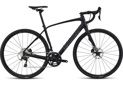 Featuring the same part spec as the Comp alloy model, the Diverge Comp Carbon adds in Specialized's FACT 10r road frame for improved ride quality.